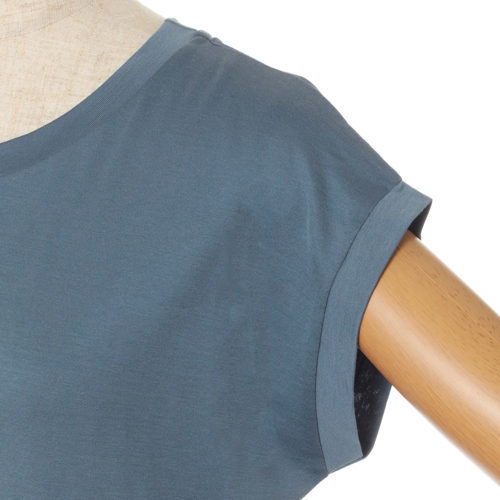 50代の今買いアイテムはコレ!体型をきれいに見せる「最旬Tシャツ」_1_4