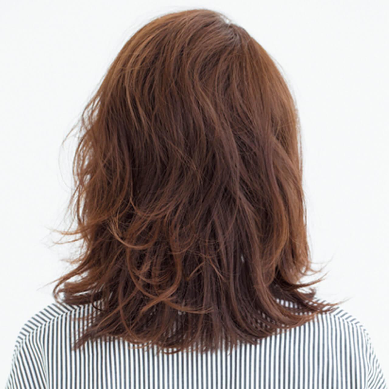 深刻な前髪のうねりも解決!長め×流し前髪でまとまりのあるツヤ髪が完成【40代のミディアムヘア】_1_3