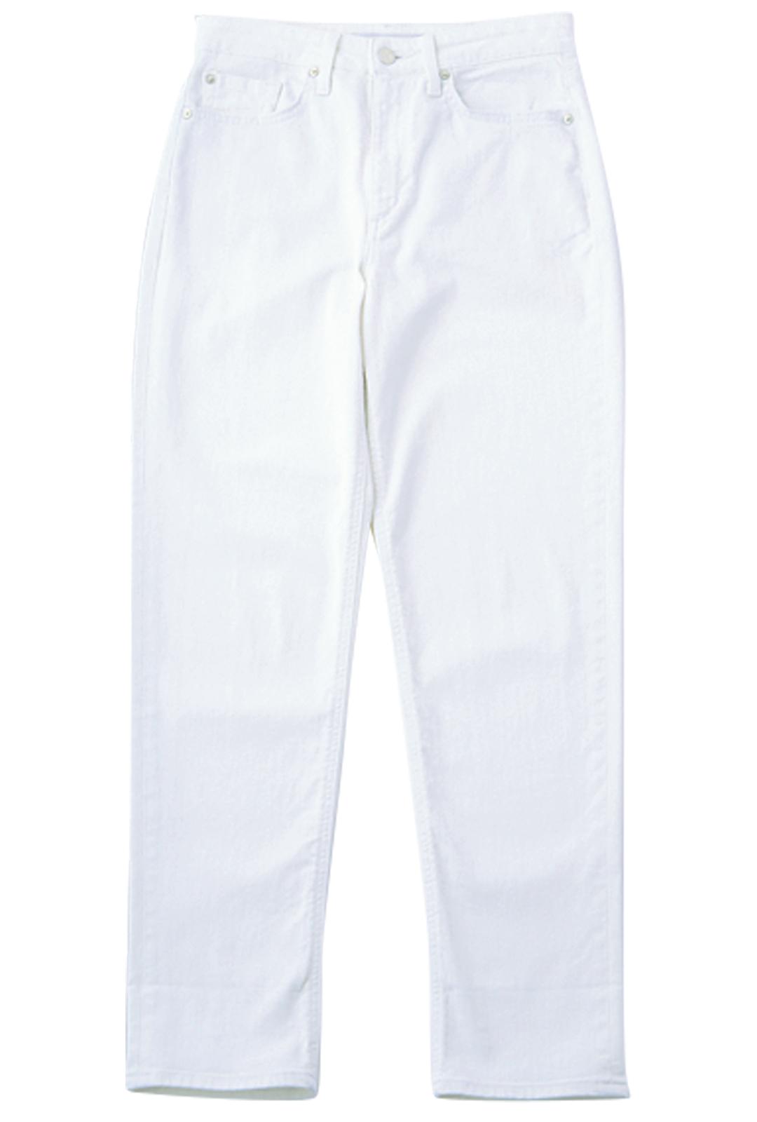 馬場ふみかが着るジョーズのホワイトデニム♡ 腰回りのキレイさに注目!_1_3