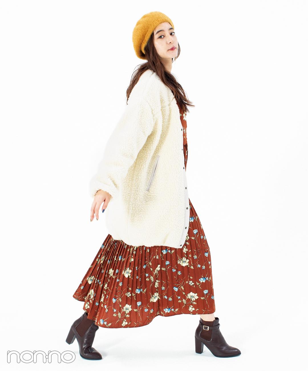新木優子はボアアウターにワンピをインして甘めカジュアル【毎日コーデ】