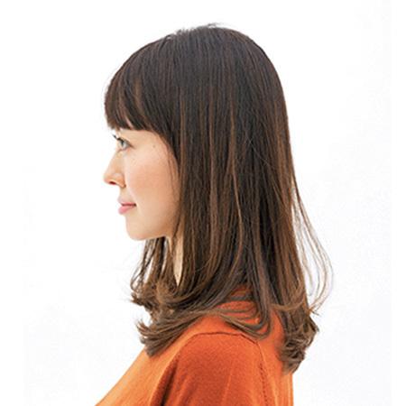 深刻なダメージヘアも、透けないカラーと内巻きカットでツヤ復活【40代のロングヘア】_1_2