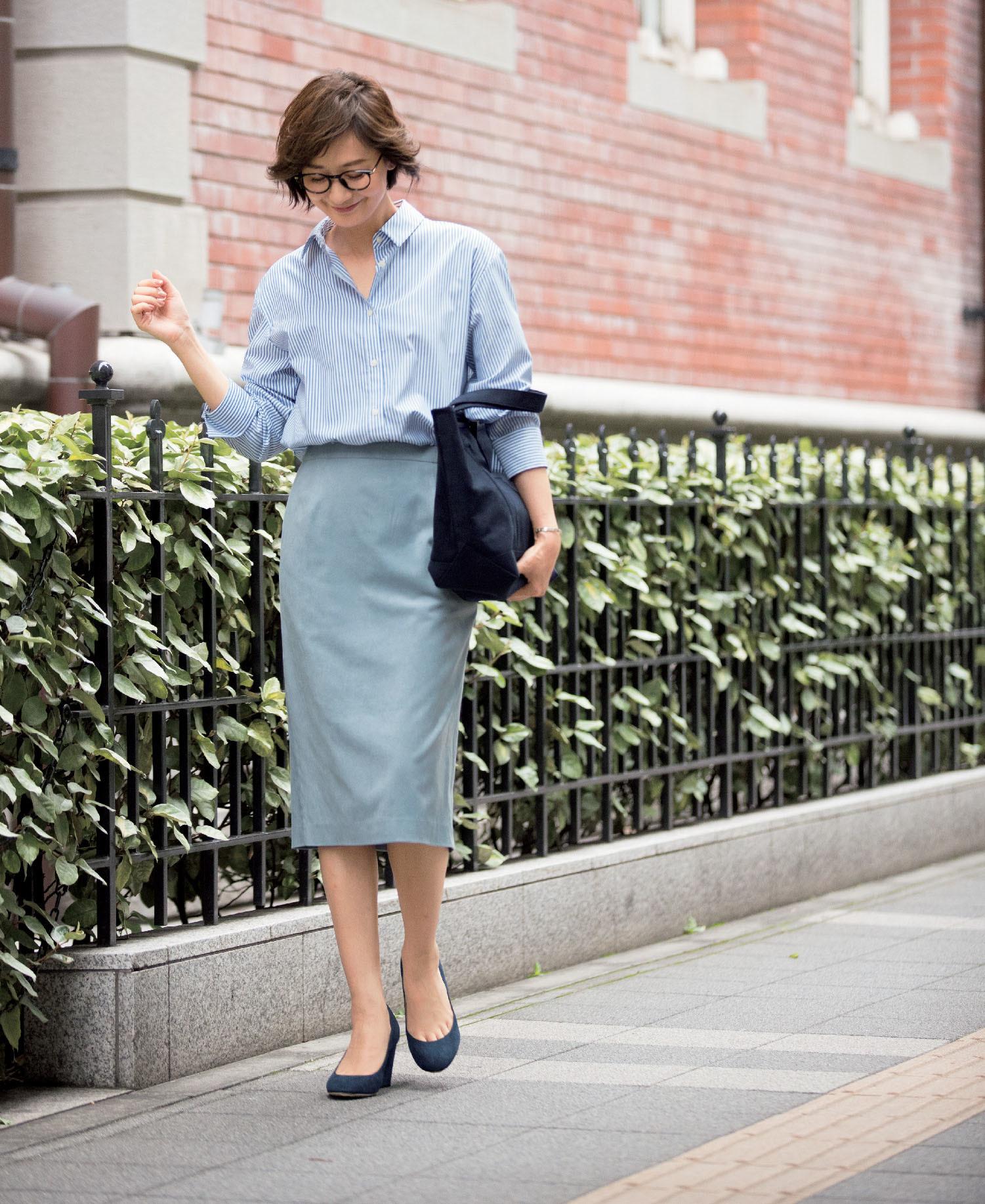 【秋の着回し】お仕事シーンには膝下スカートをはいて清潔感たっぷりに_1_1
