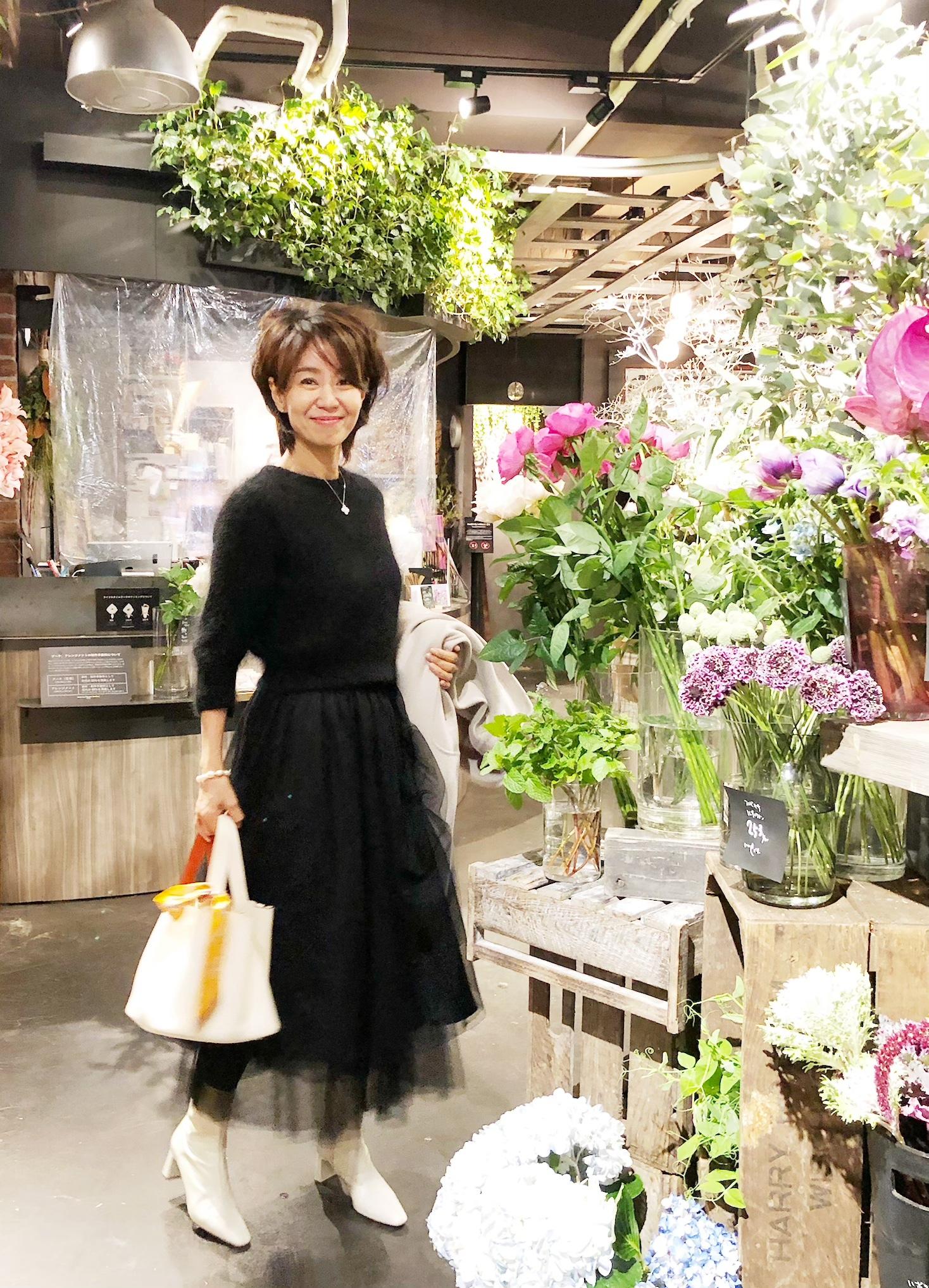 花と緑に囲まれた心豊かになる空間『青山 TEA HOUSE』_1_5