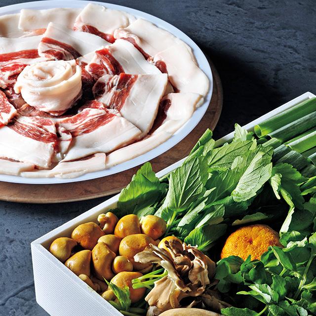 『比良山荘』猪と冬野菜鍋