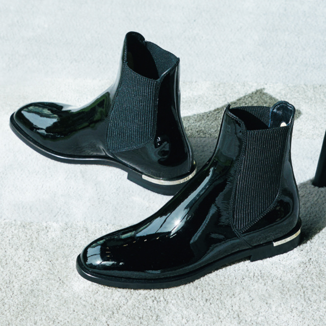 ジミー チュウのブーツ