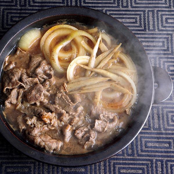 オイスターソースで好相性トリオを! 牛肉と玉ねぎ、ごぼうの鍋【絶品鍋レシピ28days】_1_1