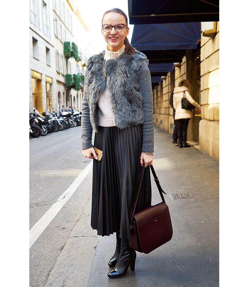 「女っぷりスカート」は辛口仕上げが正解【ファッションSNAP ミラノ・パリ編】_1_1-2