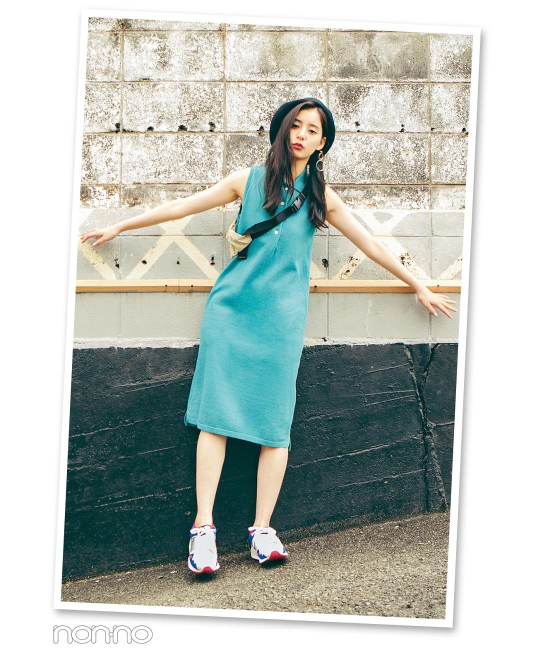 【夏のワンピースコーデ】新木優子の、一緒にいて楽しいって思わせるポロノースリワンピコーデ