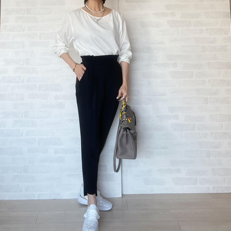 女度高め⭐︎優美なパンツとスニーカー_1_4