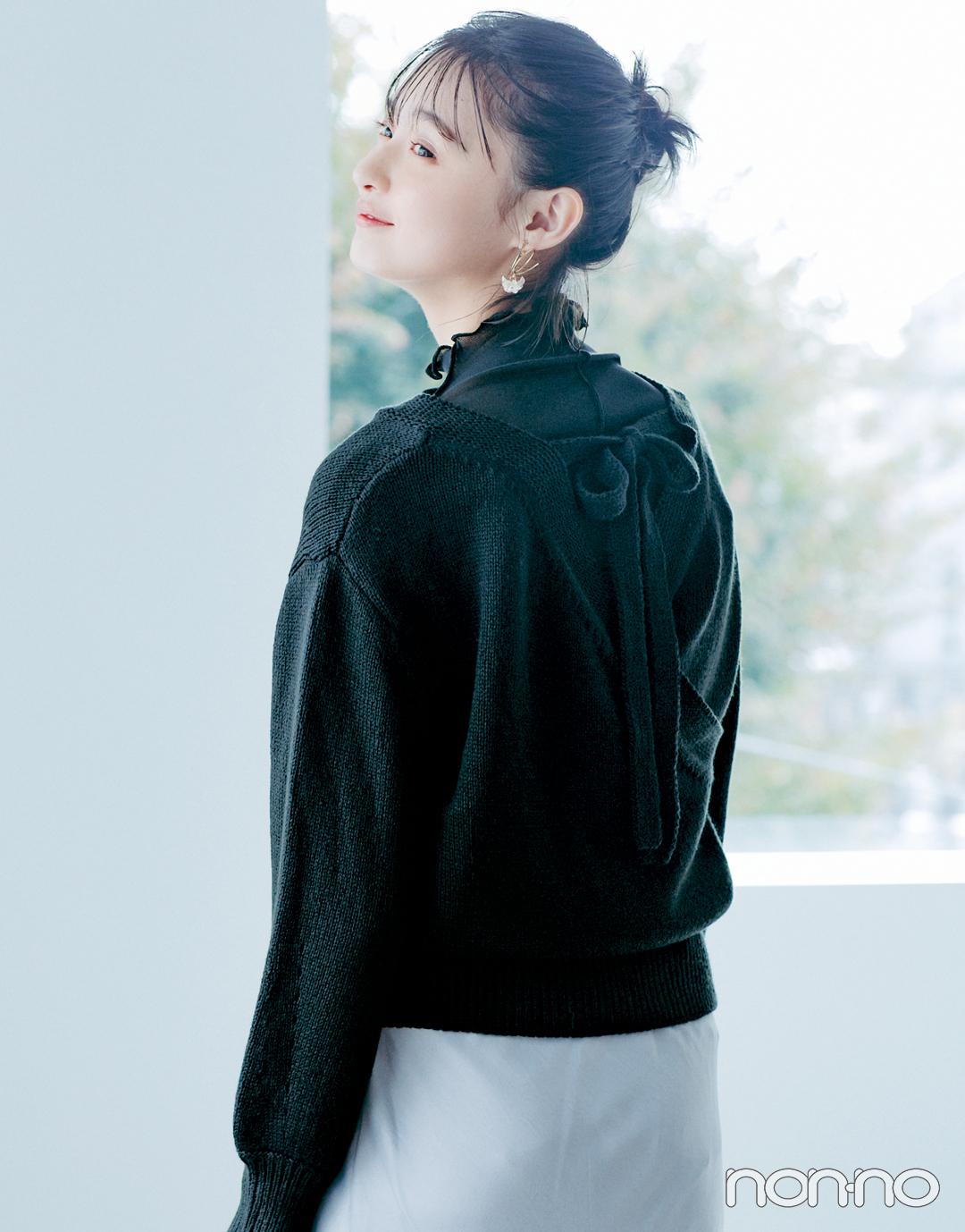 遠藤さくらSweet BLACK♡ 背中があいたニットに透けを仕込んで大人っぽく_1_3