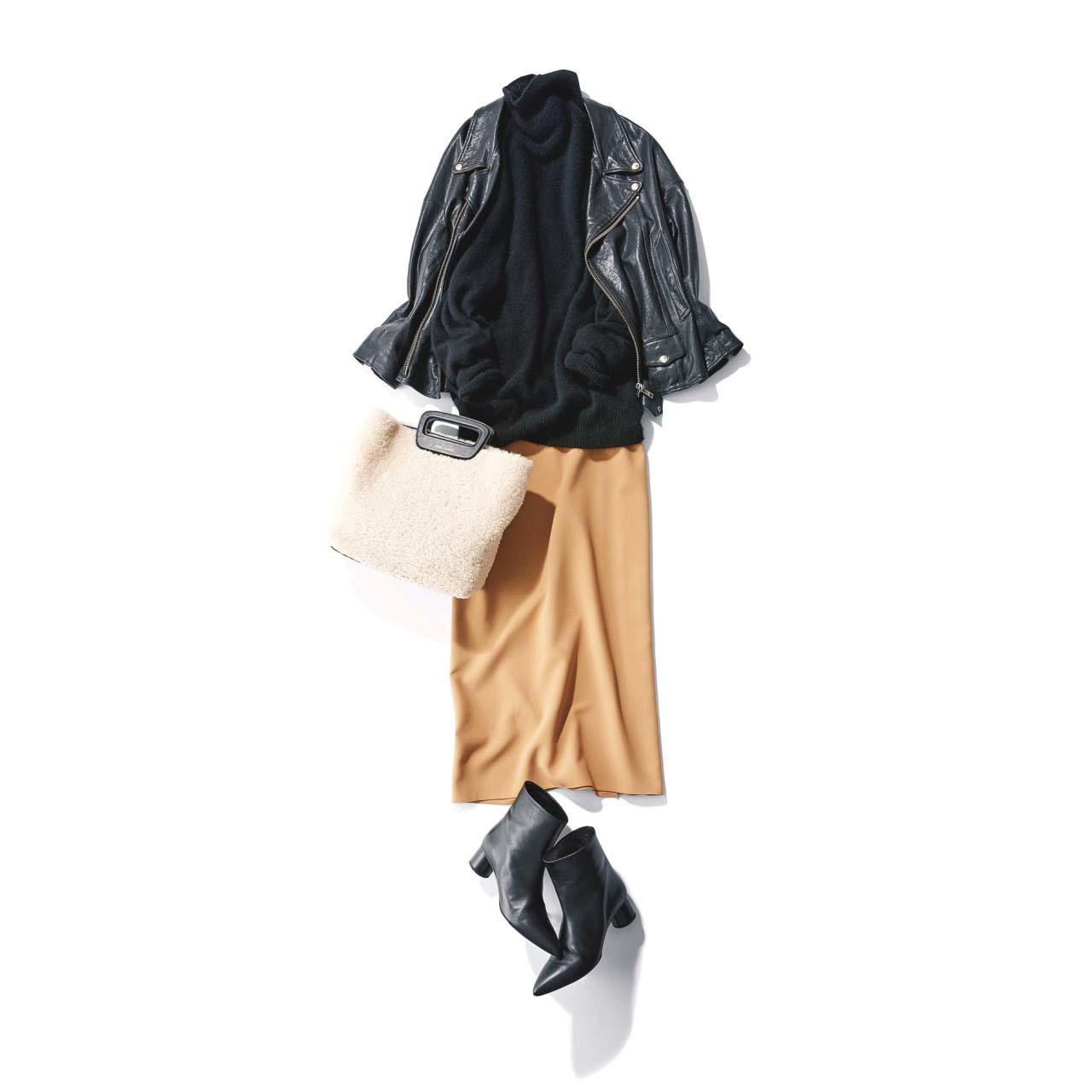 ライダースジャケット×タイトスカート×ファーバッグコーデ