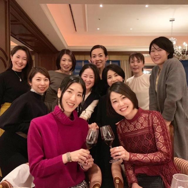 美女組メンバー集合!は、夜景が綺麗で美味しいレストラン!_1_2-4