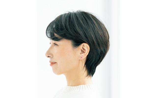 【50代おすすめヘアカタログ】今、むしろ短いほうがフェミニンな印象に!最新ショートヘアスタイル_1_34