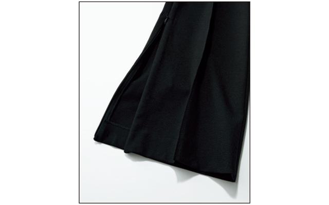 INSCRIRE《アンスクリア》 黒パンツ