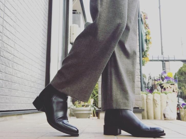 黒ブーツを更新!NEW inしたのは美シルエットでハンサムなSARTORE_1_3