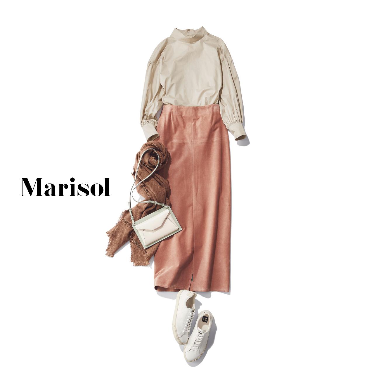 40代ファッション ベージュブラウス×ピンクタイトスカートコーデ