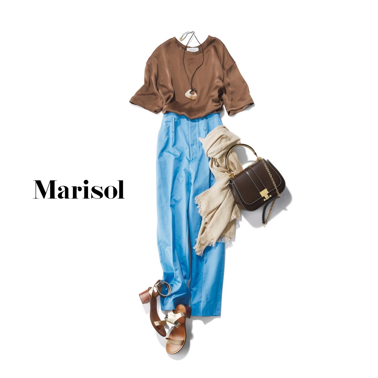 40代ファッション ウォッシャブルシルクTシャツ×カラーパンツコーデ