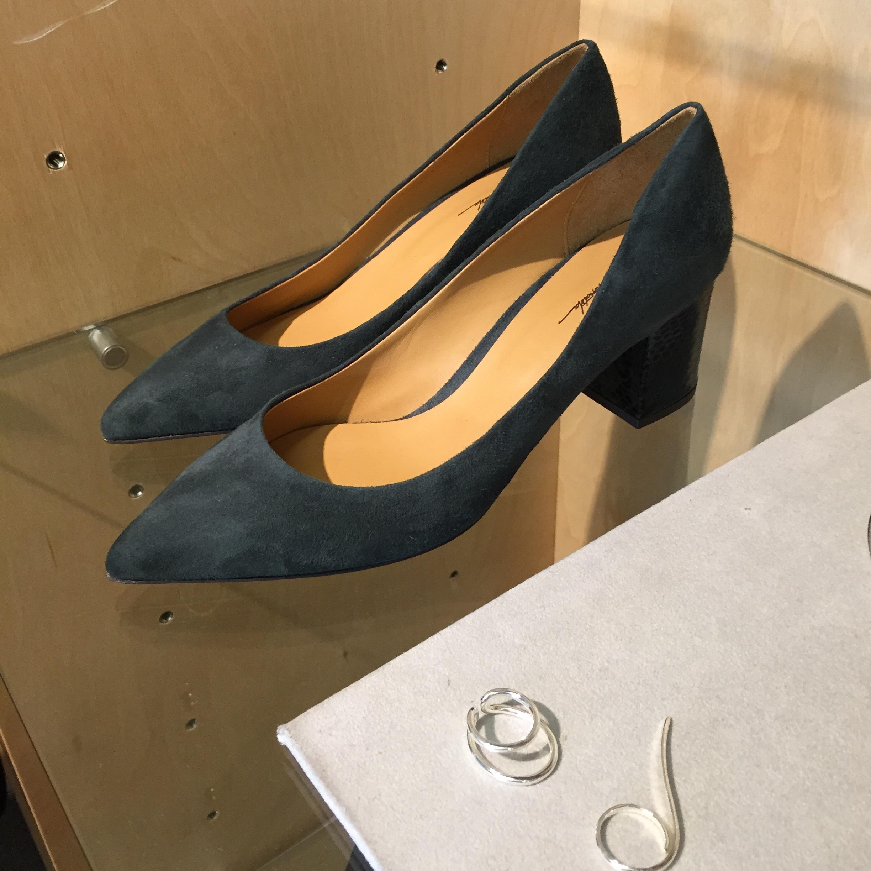 かっこいいのに女っぽい。噂のニッポンブランドのコンビ靴_1_1