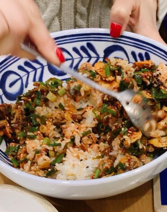 ソウル2019冬。本当に美味しかった店だけ②ピリ辛の貝&ネギだくビビンパと海鮮鍋_1_2