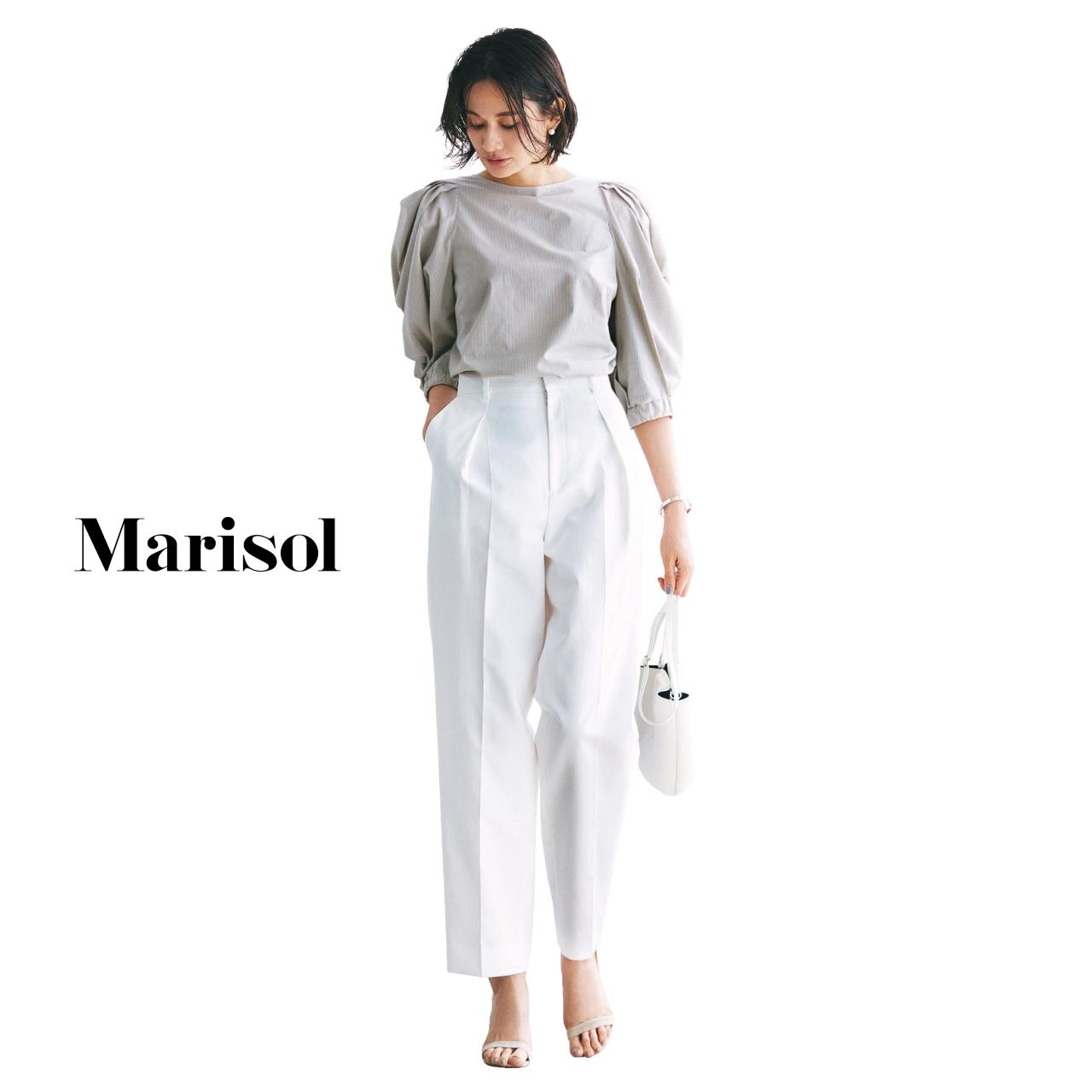 40代ファッション ふんわりブラウス×白パンツコーデ