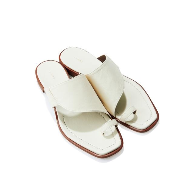 靴(H1.5)¥44,000/ザ・グランドインク(ロランス)