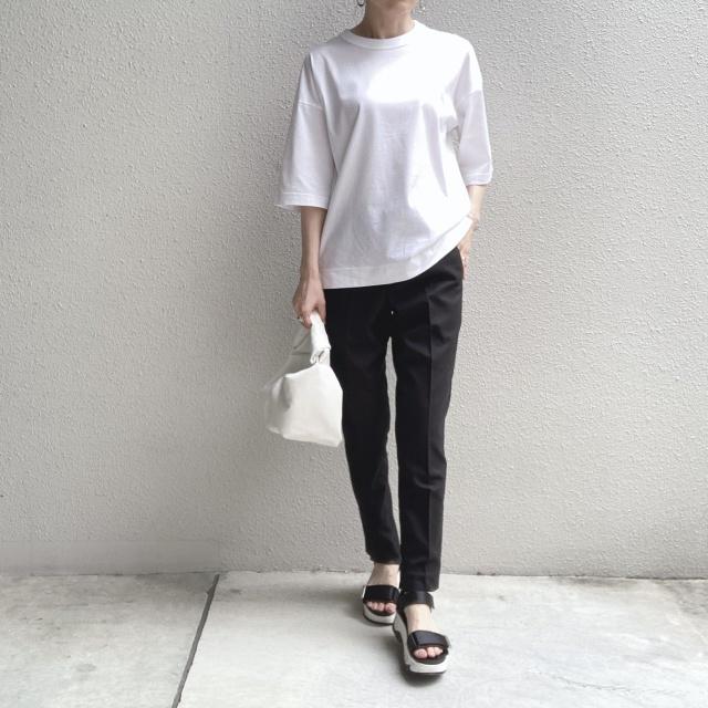 シンプルな白Tシャツの着回しコーデ_1_1