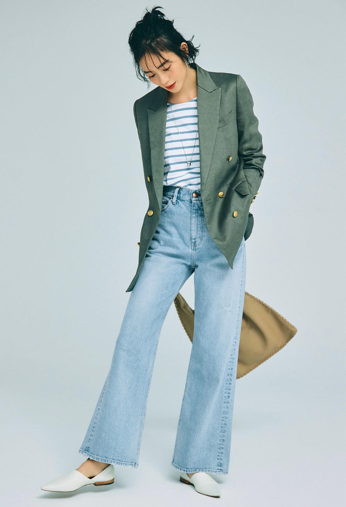 ■ヴィンテージ風フレアデニムパンツ×ダブルのジャケットコーデ