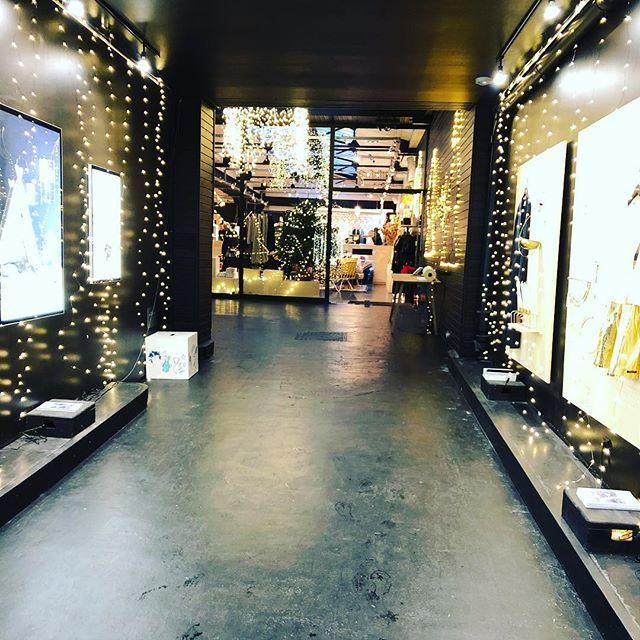 クリスマスが近づき、パリはノエルムード一色!目まぐるしく変わる街並みにワクワク♪_1_4