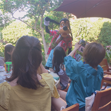 【アウラニ❤︎】朝ごはんを食べながらキャラクターグリーティング!?_1_6-1