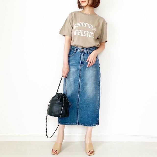 夏セール!秋まで使えるベージュロゴTシャツ【tomomiyuコーデ】_1_5