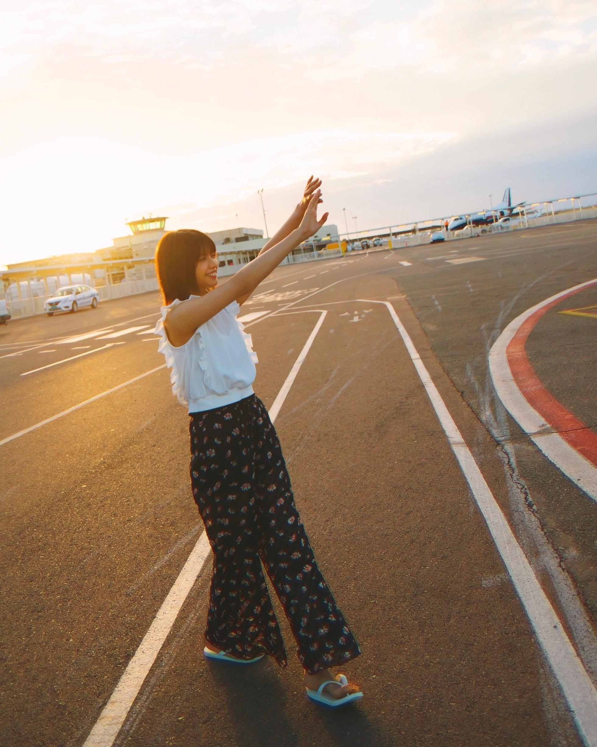 渡邉理佐写真集大ヒット中☆2週連続オリコン1位獲得!【91枚オフショ公開】_1_2-79