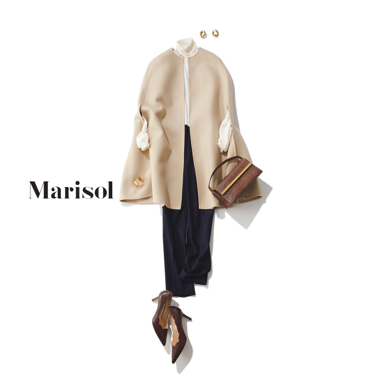 40代ファッション ケープコート×ネイビーパンツコーデ