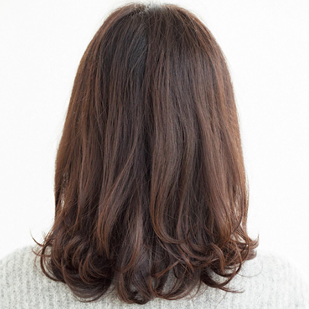 毛先の厚みでボリューミーなツヤ髪を実現【40代のミディアムヘア】_1_3
