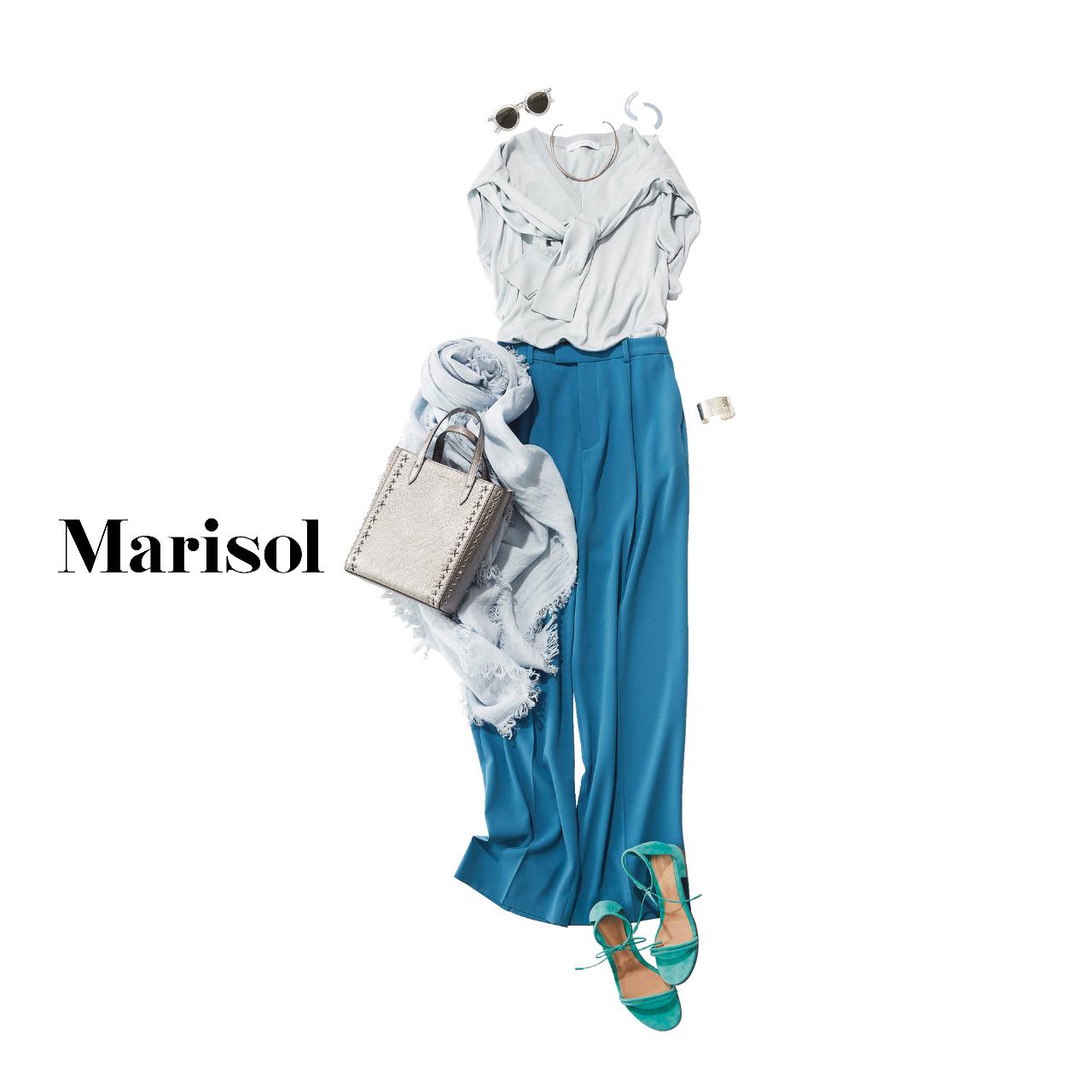 40代ファッション ライトブルーニットアンサンブル×ブルーパンツ コーデ