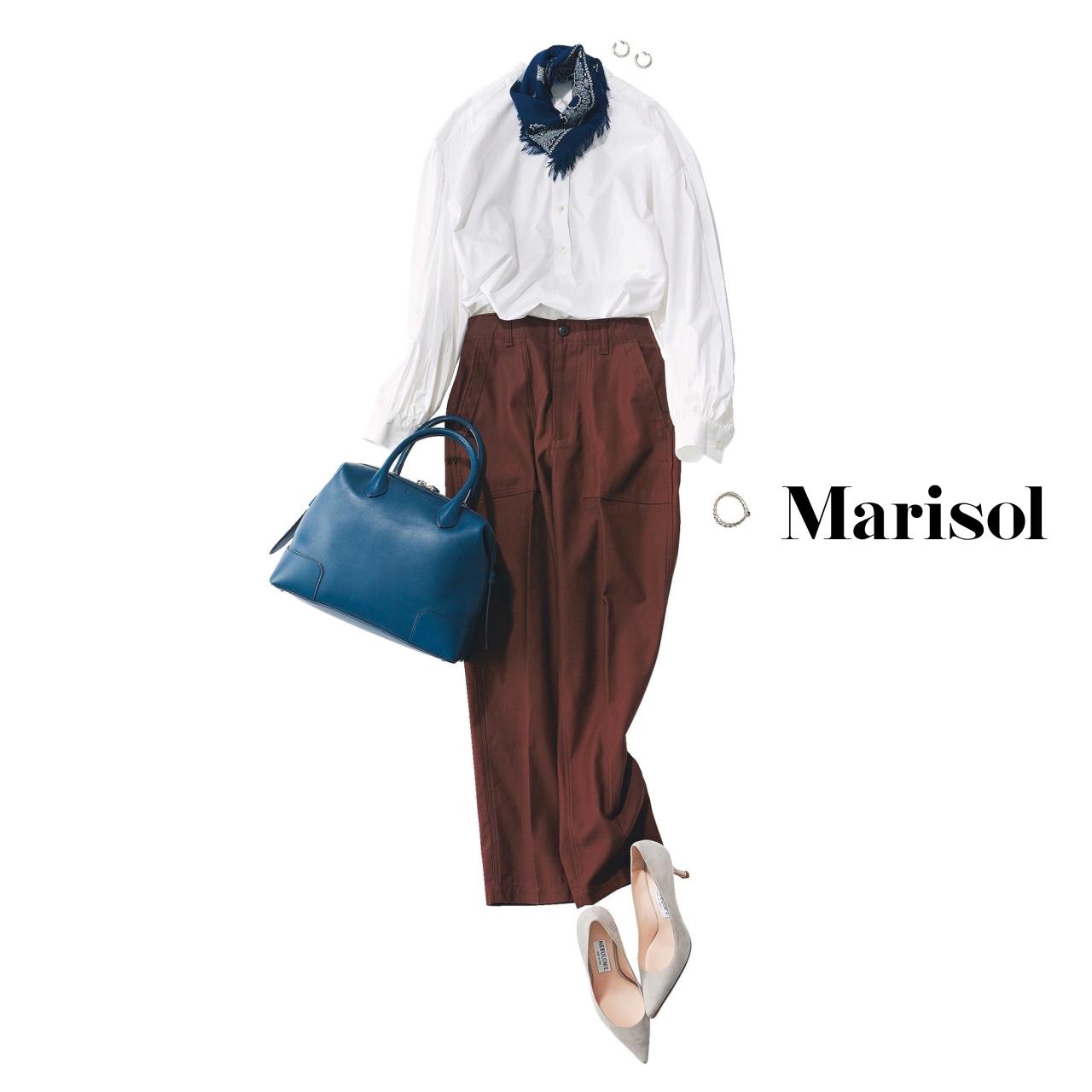 40代ファッション 白シャツ×スカーフコーデ