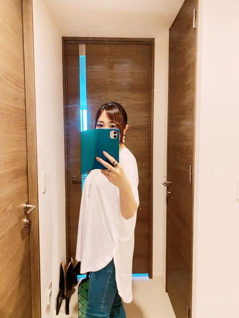 シルエットが綺麗なのに、体型がカバーできるナノユニバースのTシャツ_1_3