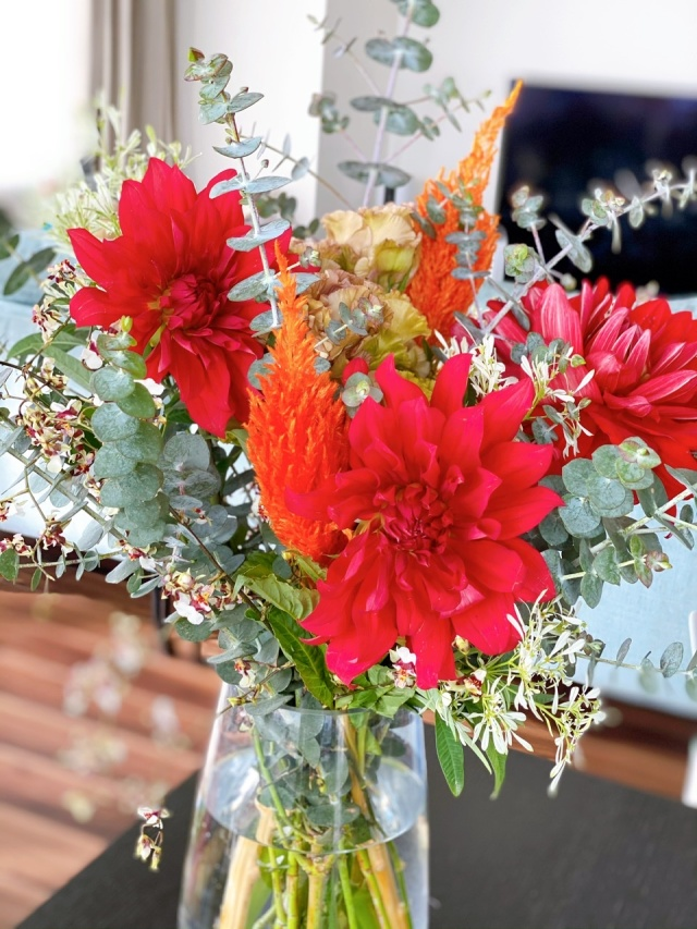 おうち時間が長くなってから始めた、「お花のサブスク」_1_3