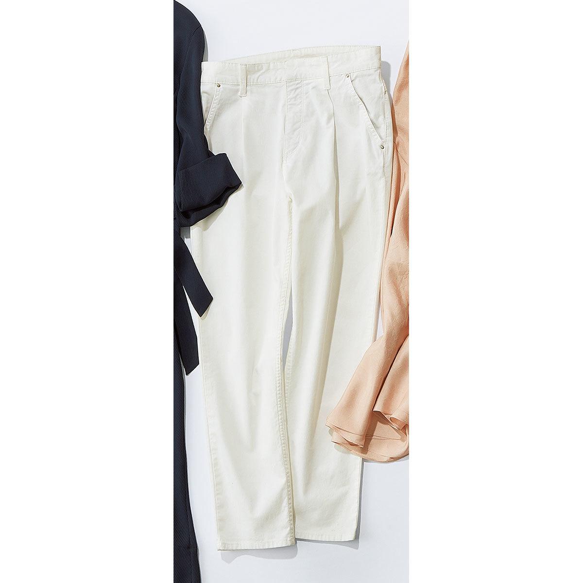 防汚加工の白パンツ