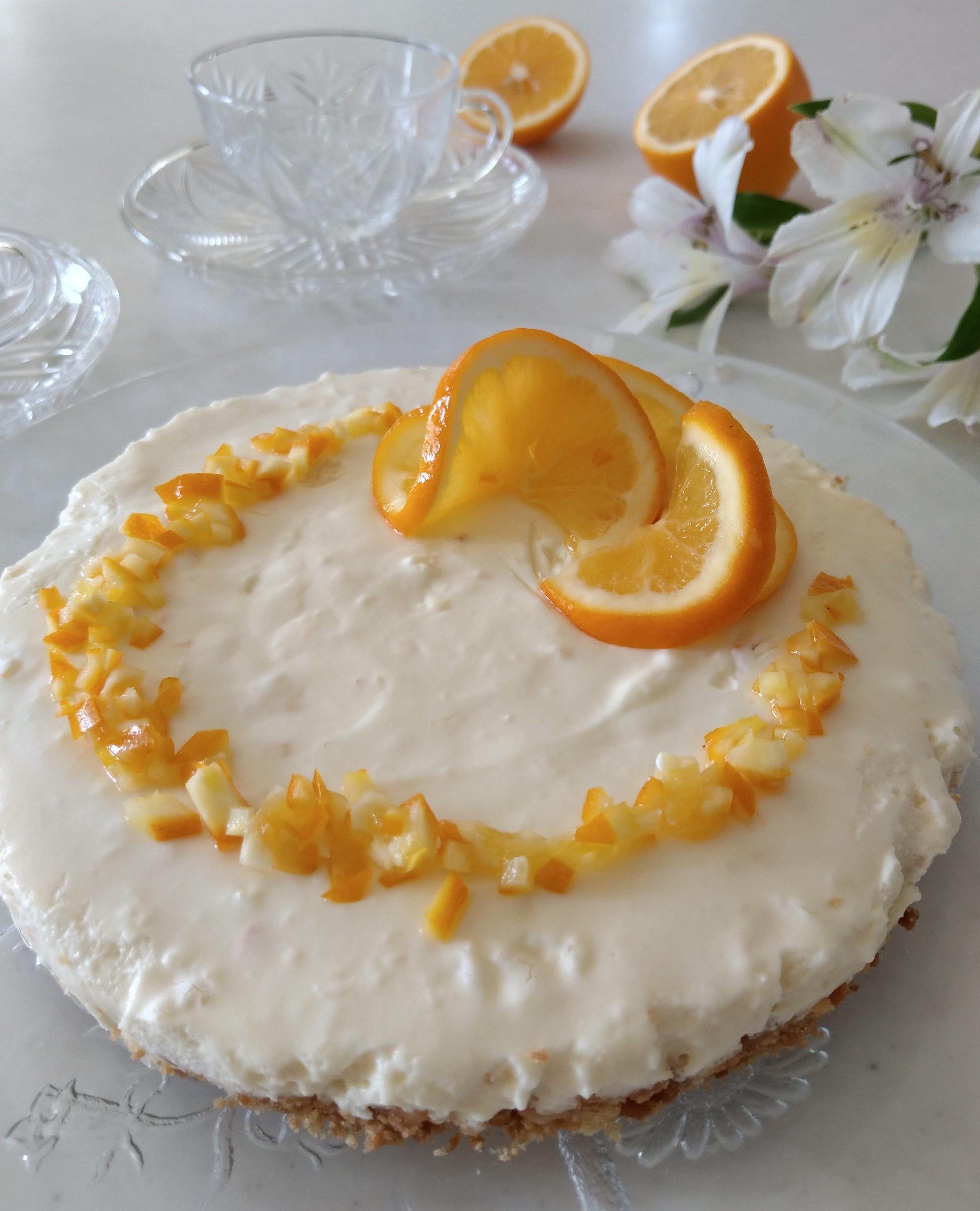 見た目もさわやか。つやつや、キラキラのレモンで飾り付け