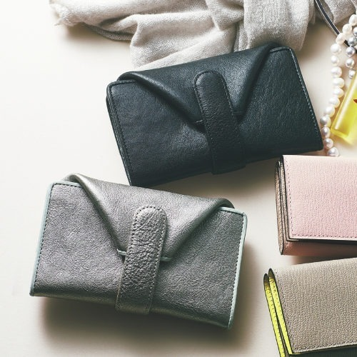 2021年に買うべき財布って?1年の幸福を願って春財布で「張る」財布に!