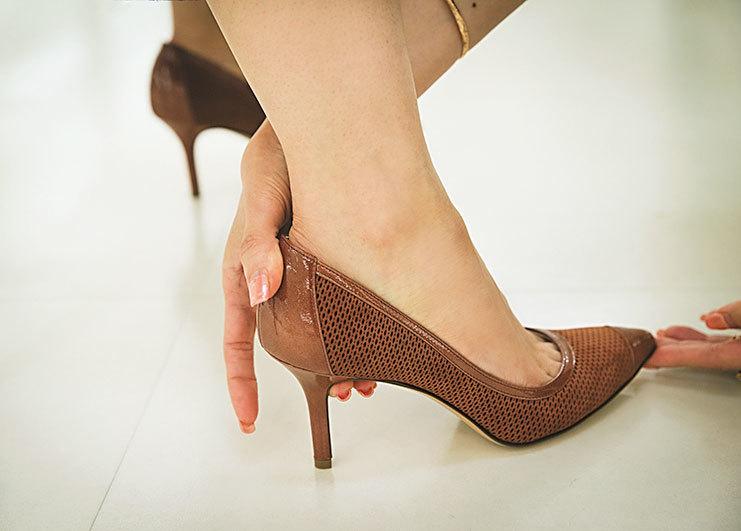 もう、どう選んでいいか分からない!「ヒール靴」選びの正解【40代おしゃれの小悩み】_1_4-1