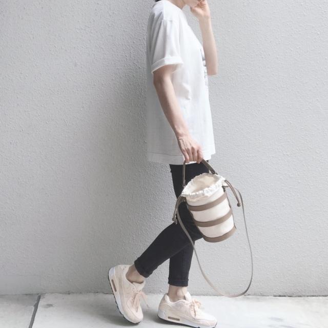 白Tシャツ×デニムをもっとおしゃれに見せる着こなしって?_1_2