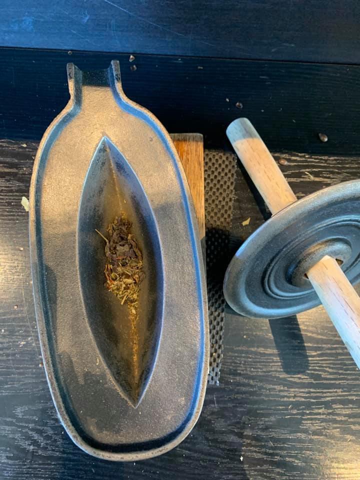 茶葉を選んで葉を細かくして。自分だけのオリジナル茶が作れるって 楽しい!_1_2