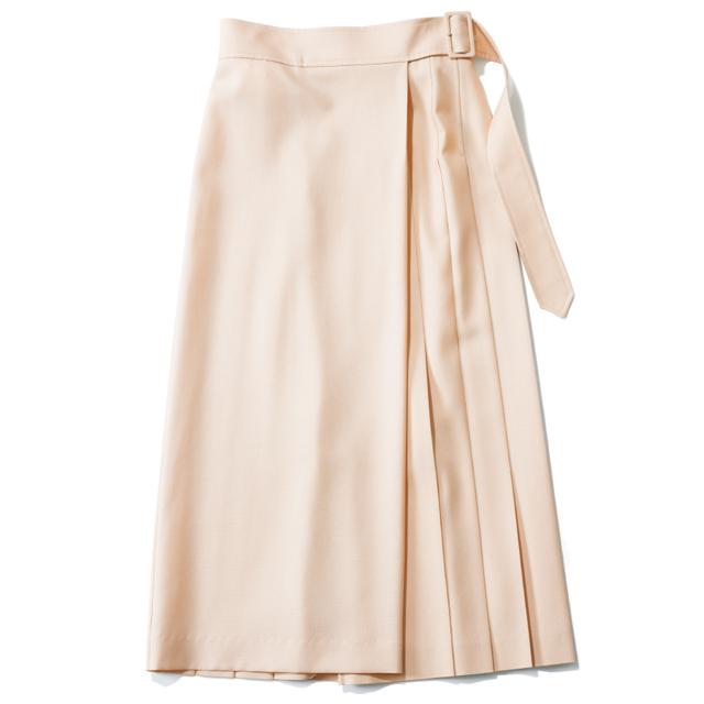 ラップタイプのプリーツスカート