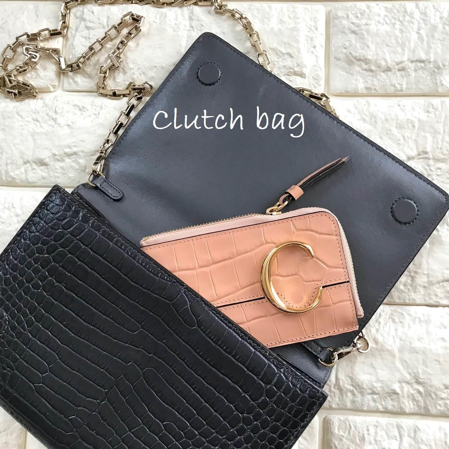 クロエのお財布をクラッチバッグに入れた画像