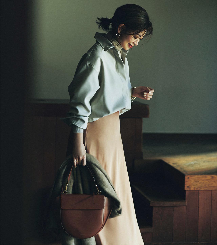 ウールシャツ×スカートコーデ