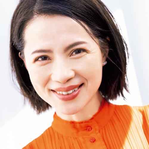 ドラッグして移動   ⑦松本千登世さんの「4つの美習慣」 好きなもので満たす幸せ心もつるつる、いつも笑顔