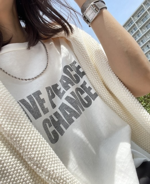 Remi Relief ロゴTシャツ