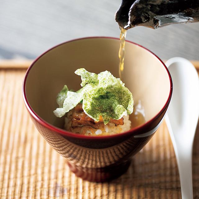 京都の東山にあるレストラン「ルーラ」の焼きおにぎり茶漬け