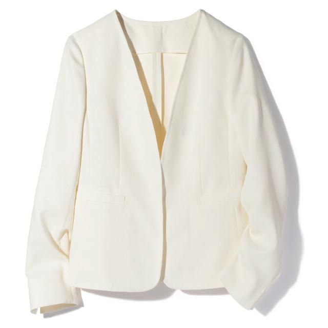 シャツのように軽やかにはおれるマッキントッシュ ロンドンのテーラードジャケット